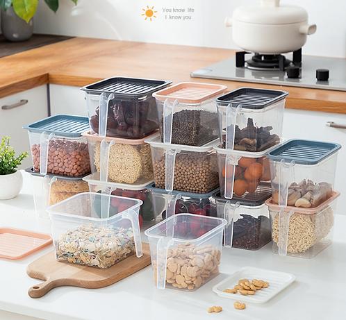 Hộp nhựa trữ đồ ăn có quai tiện lợi
