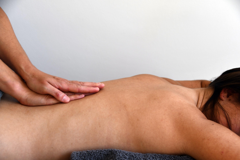 Massage ayurvédique - face dorsale