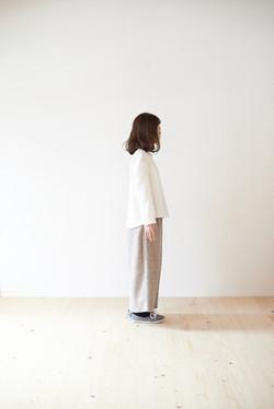 cotton二重織ホワイトシャツ/ネップワイドパンツ