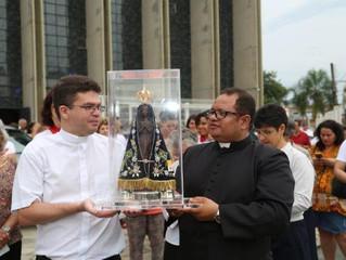 Imagem Peregrina de Nossa Senhora Aparecida na Paróquia