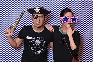 Our instant print photobooh for weddings and corporate events