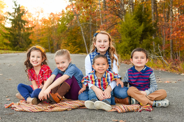Simmons Grandkids + What to Wear for Photos