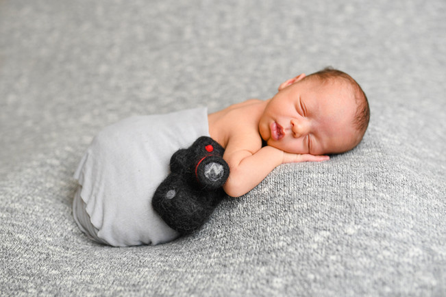 liam newborn-0011.jpg