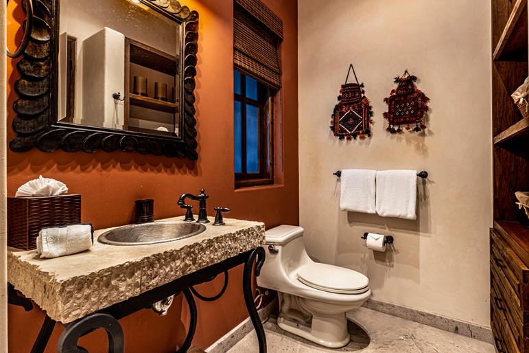 Casa Contessa - Dome Bedroom/Bathroom