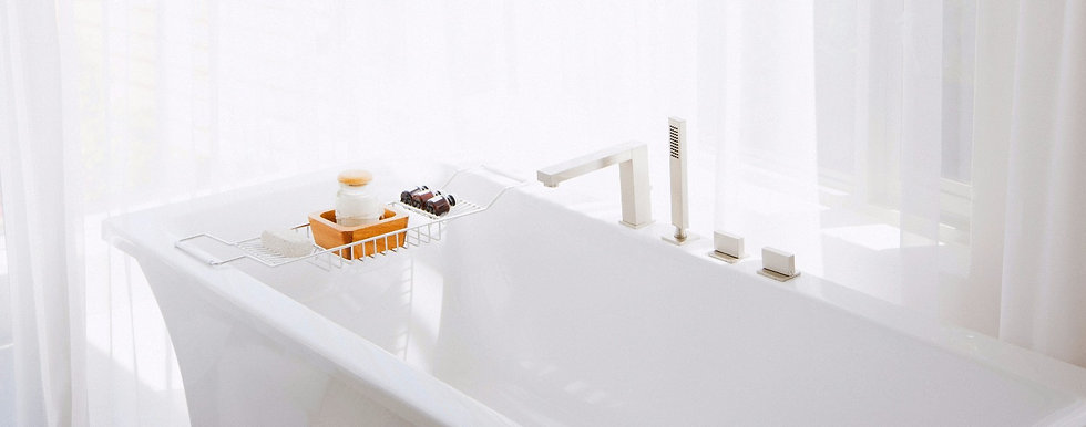 Modern White bathtub and soaps