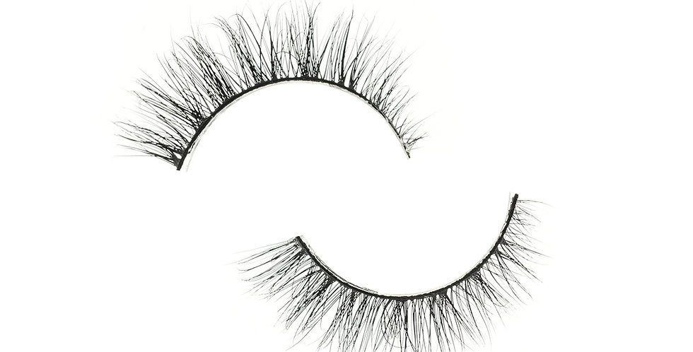 Peacock Lashes - Natural Volume