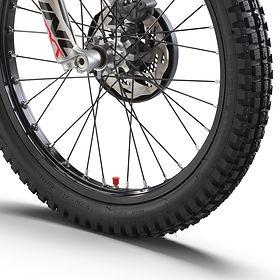 PHO_BIKE_DET_txtracing-tyres_#SALL_#AEPI