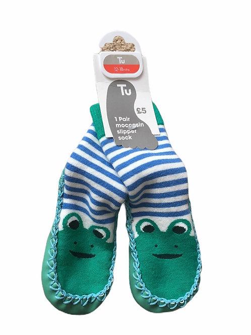 TU 12-18 months Frog Moccasin Slipper Socks - BRAND NEW