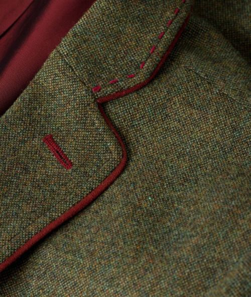 Lapel piping