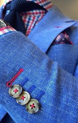 Coloured cuff buttonholes 2
