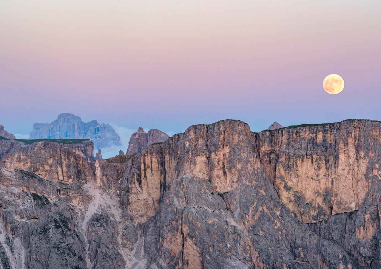 Lever de Lune sur Seceda.jpg