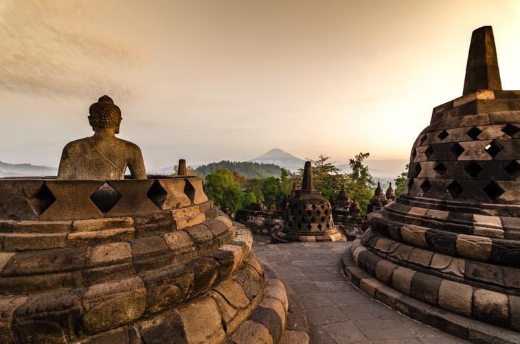 _ Stupas de Bouddha _.jpg