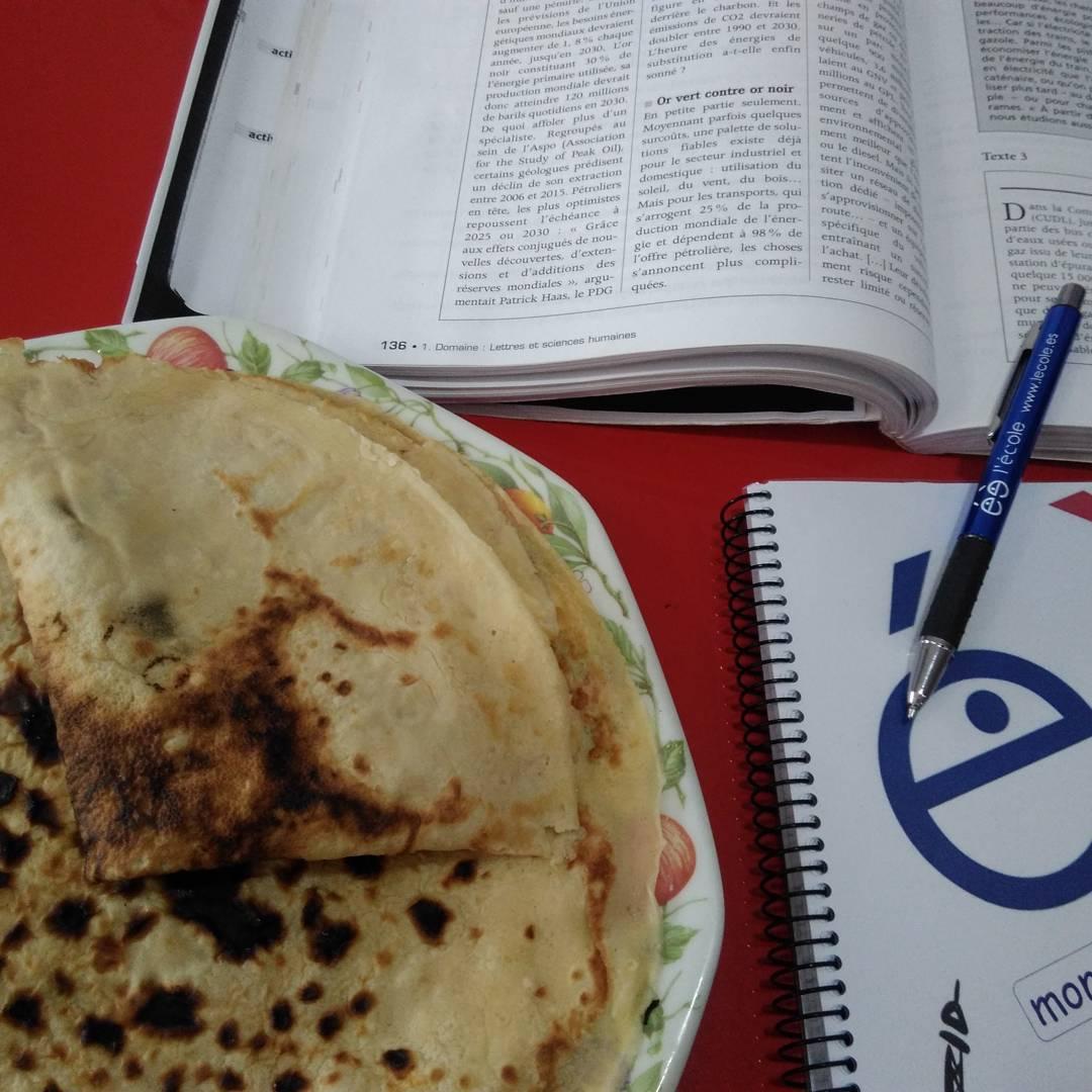 L'école: estudiar y ...comer crêpes!