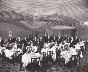 full room w waiters-1.jpg