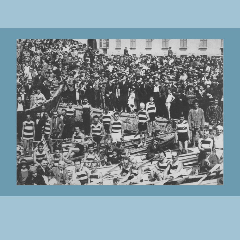1920 circa - Gara di canottaggio sul Naviglio