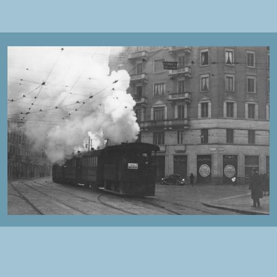 1930 circa – Il tram a vapore (Civico Archivio Fotografico, Milano)