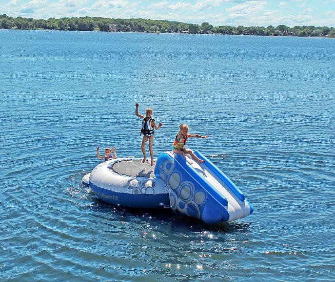 O-ZONE PLUS WATER BOUNCER WITH SLIDE