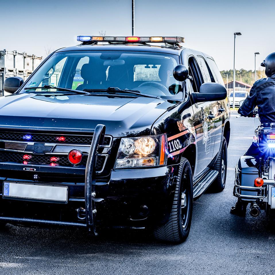 Police Chevrolet Tahoe meets Harley Davidson