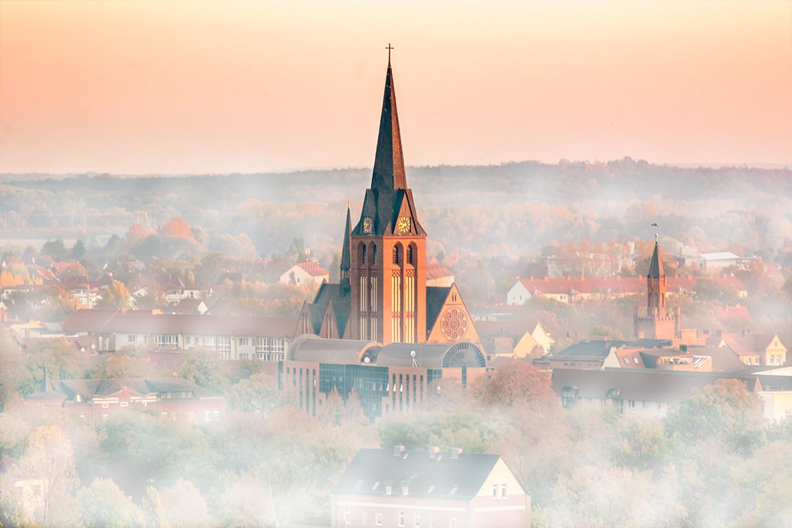 Bitterfeld im Nebel