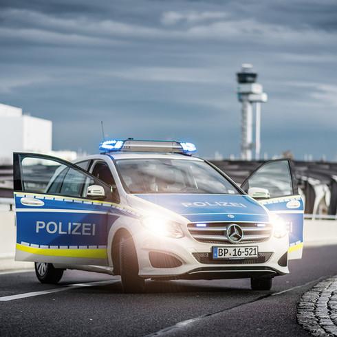 Bundespolizei am Flughafen Leipzig - Halle