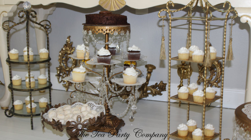 Cakes and Cupcakkes Stands Collection Catalog The Tea Party Company Tampa (4).JPG