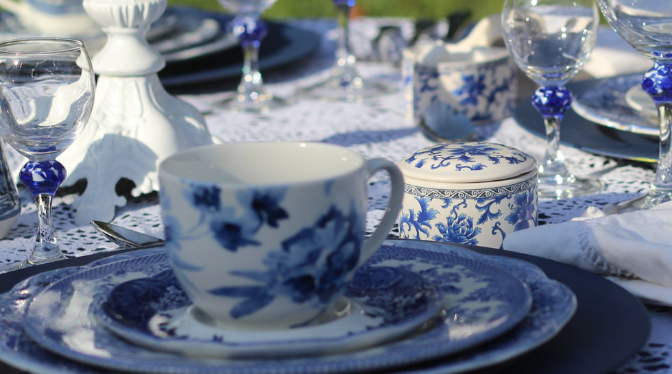 Blue Willow & Toile Theme Tea Party Table Set Up_edited.jpg