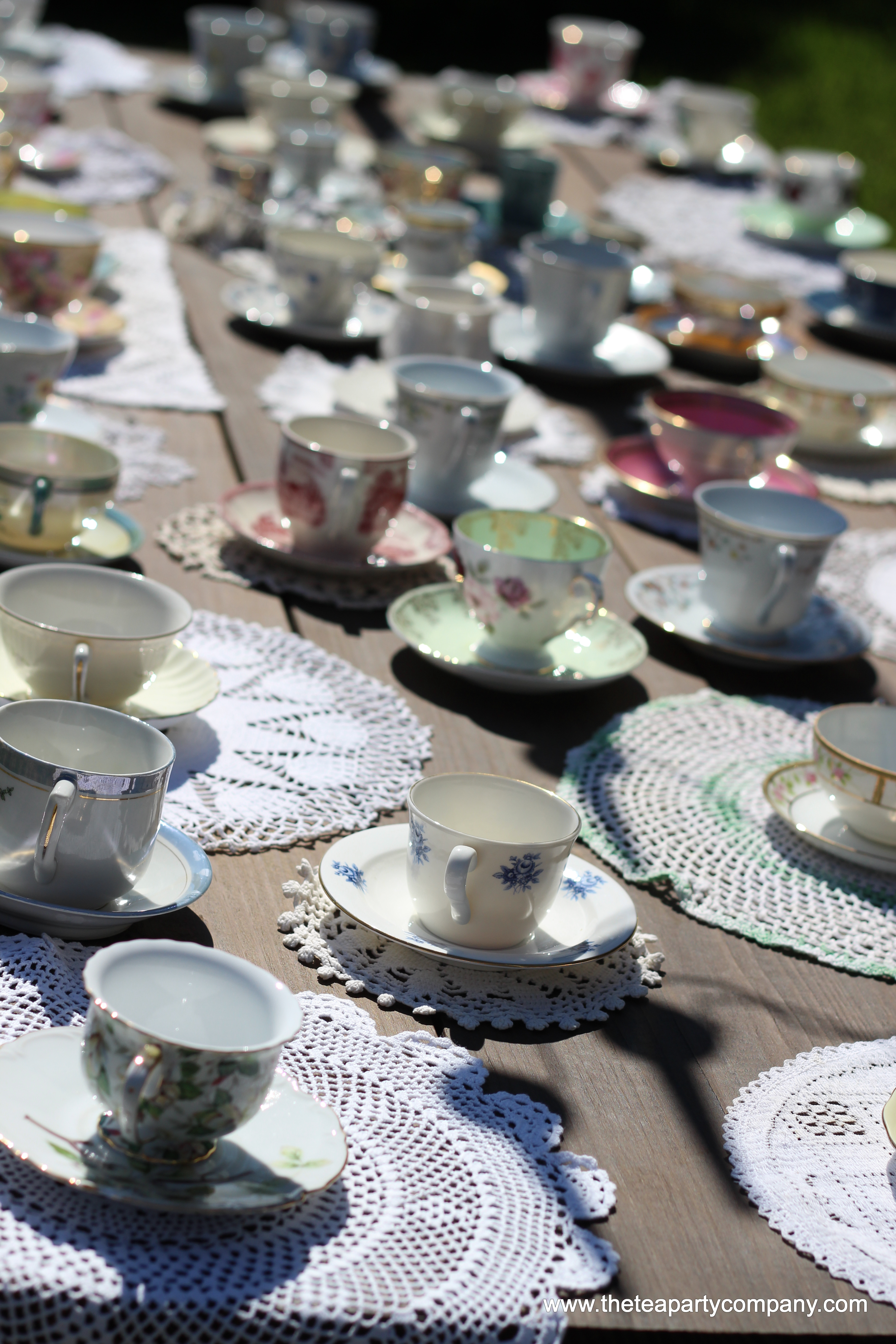 mismatched teacups and saucers collectio