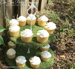 The Tea Party Company Moss Tiered Stand