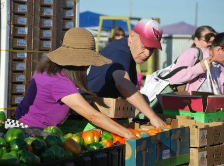 WOW Mobile Pantry offers produce for all