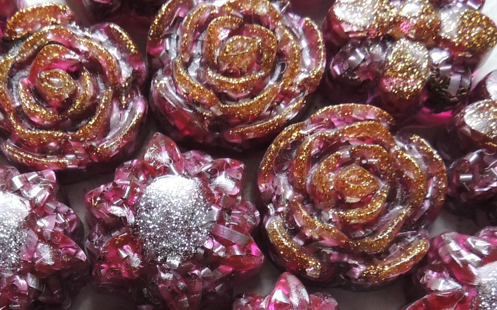Orgonite Lenas Flowers cropped