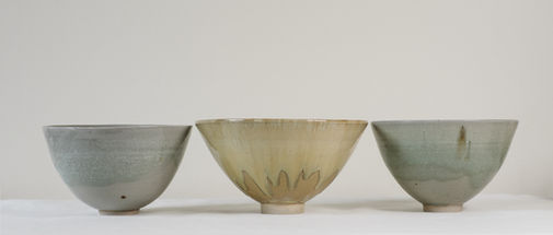 Celadon and sand-colored bowls. Stoneware. 18x11
