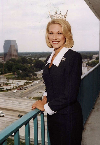 Kelli Meierhenry, Miss Florida 1999