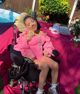 disabled-beauty-pretty-in-pink