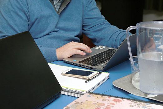 office-4194326_1920.jpg