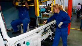 La reconstrucción económica precisará de empleos de calidad y salarios suficientes