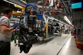 UGT FICA valora emprender movilizaciones en el sector automovilístico para asegurar el futuro de la