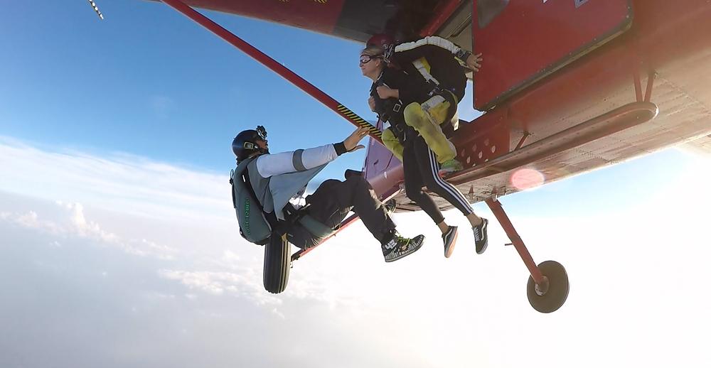 lancio paracadute casale monferrato
