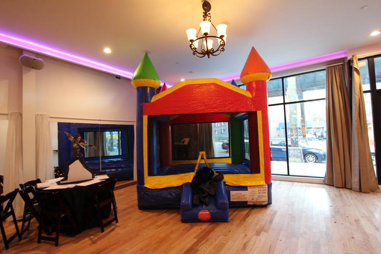 Kids-Bouncy-House-L.JPG