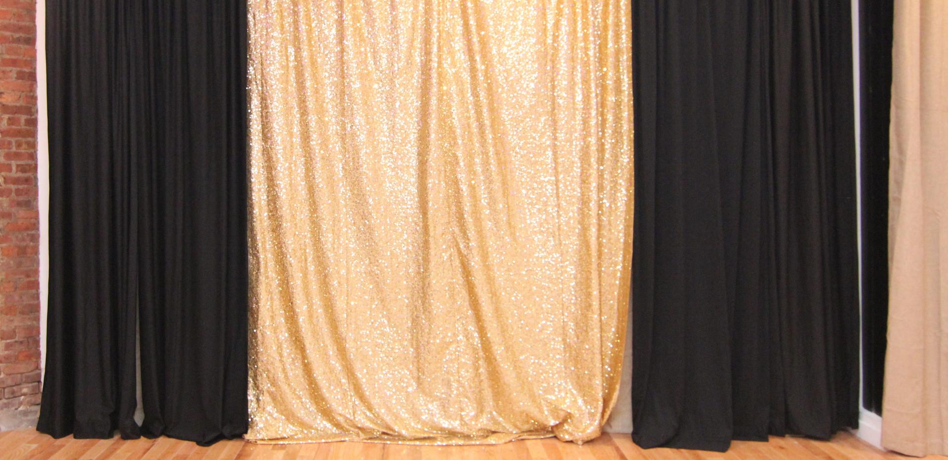 Sequine Gold-Black-Backdrop-L.jpg