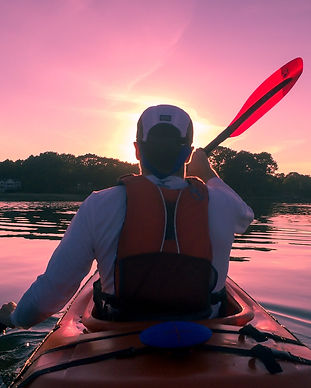 kayaking-1149886_1920.jpg