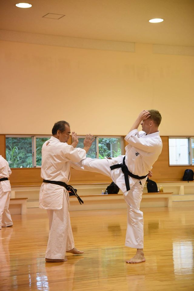 Kata application at a seminar in Oki