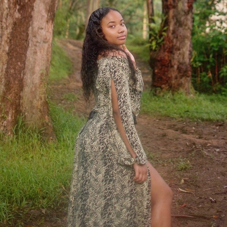 "Hawaii R&B/Soul Artist Nialanii Releases Her New Single ""Holiday"""