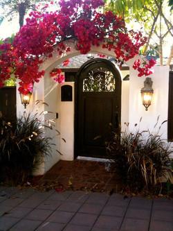 Courtyard gate, Broughton St, Savannah GA--entry-
