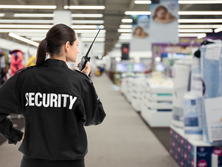 What Security Guards Can and Can't Do Legally