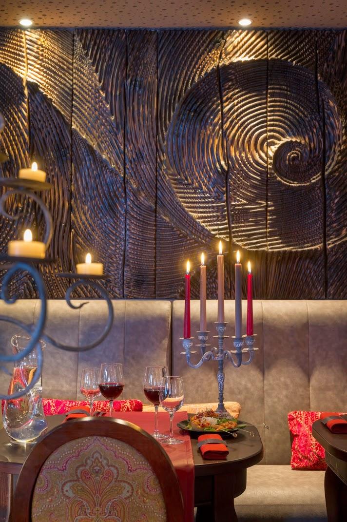 KASHMIR_Restaurant_Karmin_1_Crédit_Studio_Bergoend