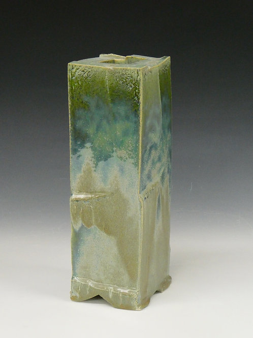No: 27  Vase Form