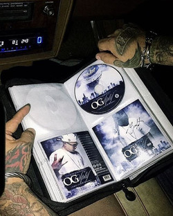 O _andy__cumms homie added my album to his collection!!!🙌 got the mf signed too!✍️ #TheStreetsAreTa
