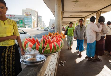 ErikPawassarPhoto_Myanmar_03.jpg