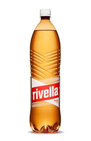 Charlie Nucci for Rivella