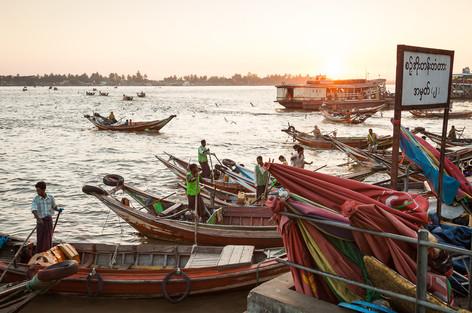 ErikPawassarPhoto_Myanmar_18.jpg
